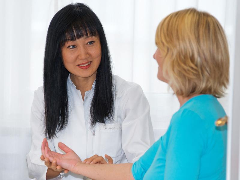 Dr. Li Sprechstunde