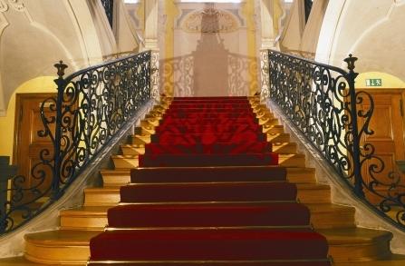 Treppenaufgang 447 × 293